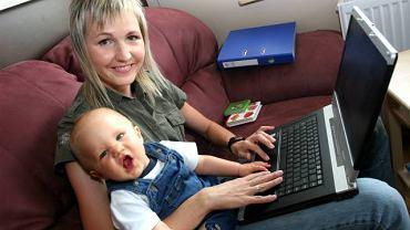 Telepraca zajmuje każdą moją wolną chwilę - przyznaje Lidia Dobrolubow - ale cieszę się, że mogę widzieć, jak moje dziecko się rozwija.
