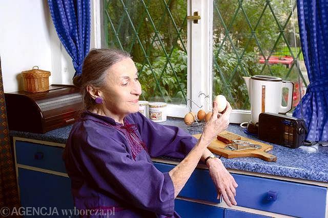 Stefania Grodzieńska w swojej kuchni.