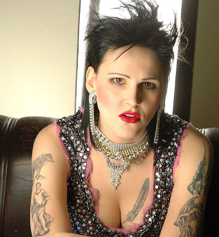 Aga Chylińska to ma polot. Jej tatuaże musiały zainspirować samą Amy Winehouse, bo jak wszyscy wiemy, Chylińska była pierwsza.