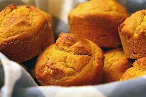 Muffiny rozmarynowo-cebulowe
