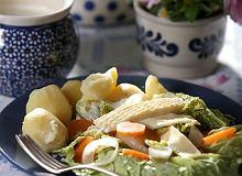 Ser z Korycina na ciepło z warzywami - ugotuj