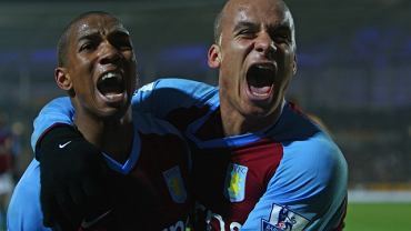 Ashley Young (z lewej) i Gabriel Agbonlahor