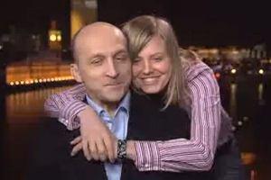 Marcinkiewicz i jego przyjaciółka w TVN24 fot. za dailymotion.com/thelondontv