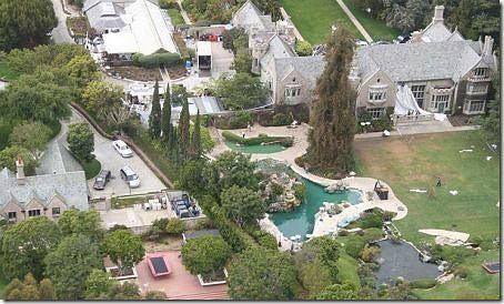 Założyciel Playboya sprzedaje swoją rezydencję Holmby Hills