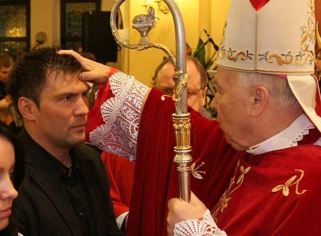 Dariusz Michalczewski przyjął bierzmowanie w kościele w Gdańsku.