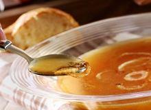 Zupa cebulowa z szampanem - ugotuj