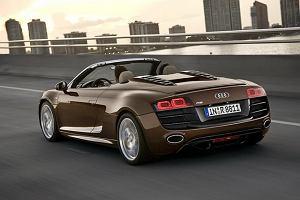 Audi R8 i cieknące paliwo