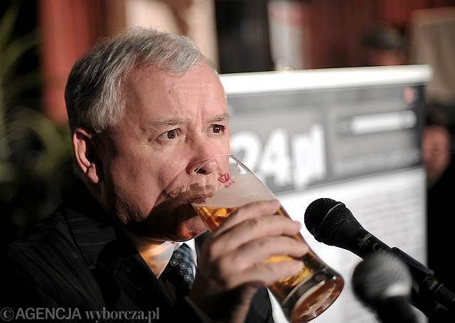 Prezes PiS Jarosław Kaczyński na spotkaniu z blogerami z Salonu24