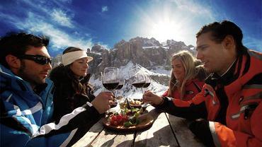 Są miejsca, gdzie na nartach i desce można jeździć nawet w czerwcu