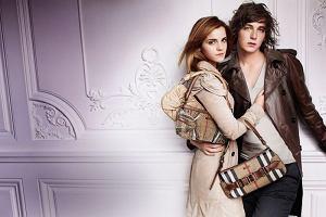 Emma Watson w reklamie Burberry na sezon wiosna/lato 2010