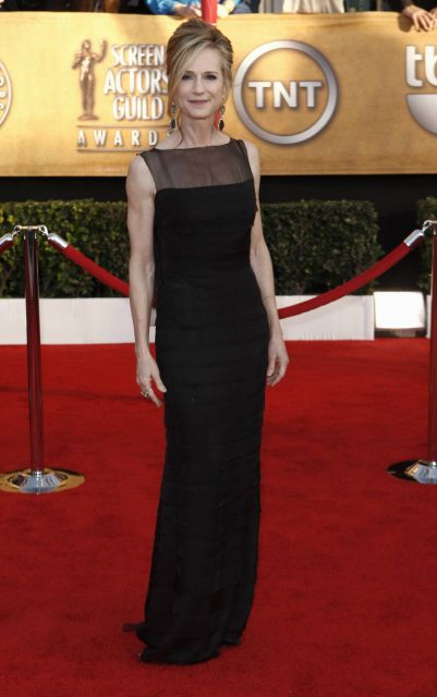 Holly Hunter arrives at the 16th Annual Screen Actors Guild Awards on Saturday, Jan. 23, 2010, in Los Angeles.  (AP Photo/Matt Sayles)