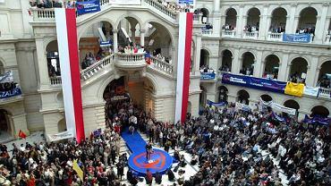 Konwencja wyborcza PO w 2005 r. na Politechnice Warszawskiej
