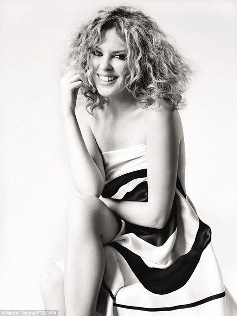 Kylie Minogue dla Fashion Targets Breast Cancer, fot. Mario Testino