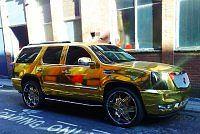 Złoty Lincoln Escalade El Hadji Diuofa
