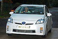 Gary Neville w Toyocie Prius