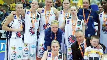 Gorzowskie koszykarki dwa razy z rzędy wygrywały wicemistrzostwo Polski. Na zdjęciu srebrna ekipa z 2010 roku