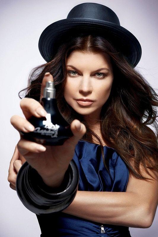 Fergie promuje swój nowy zapach