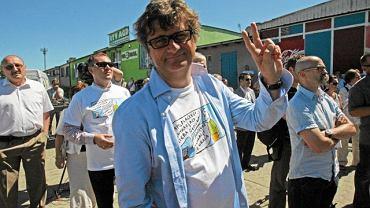 Janusz Palikot podczas happeningu wyborczego, Ryki, czerwiec 2010