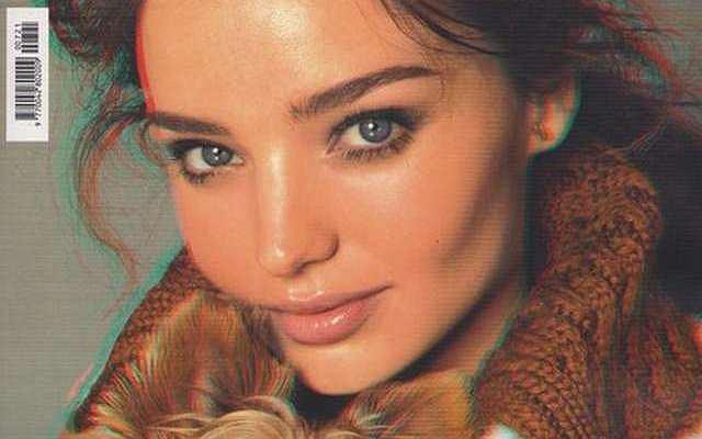 Miranda Kerr dla włoskiego Vougue pokazuje piersi w 3D.
