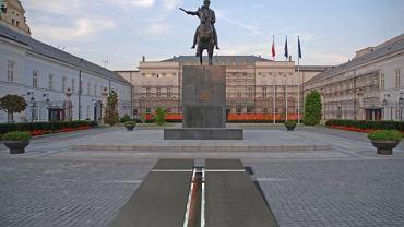 Proponowany projekt krzyża pod Pałacem Prezydenckim