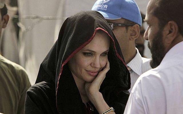 Angelina Jolie jako ambasadorka dobrej woli UNICEF poleciała do Pakistanu.