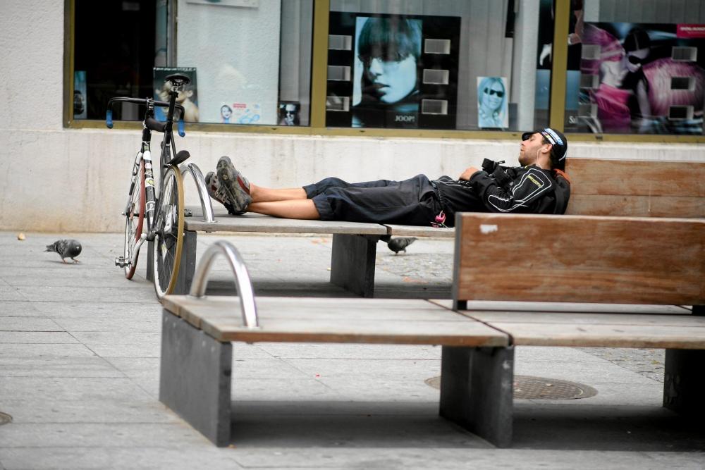 Odpoczynek kuriera rowerowego
