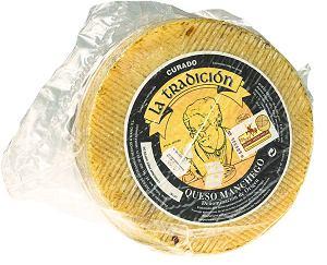 hiszpańskie spacjały - ser queso manchego robiony z mleka owiec