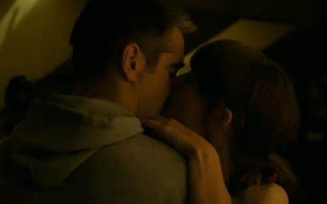 Colin całuje się z Keirą