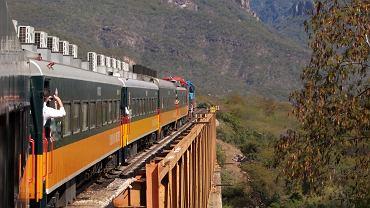 Chihuahua, pociąg, meksyk, kanion
