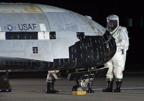 Pierwszy X37 w kilka chwil po lądowaniu