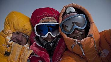 2 lutego 2010 roku trzej wspinacze: Włoch Simone Moro, Kazach Denis Urubko i Kanadyjczyk Cory Richard zdobyli niezdobyty do tej pory zimą ośmiotysięcznik w Karakorum Gasherbrum II (8035 m n.p.m.)