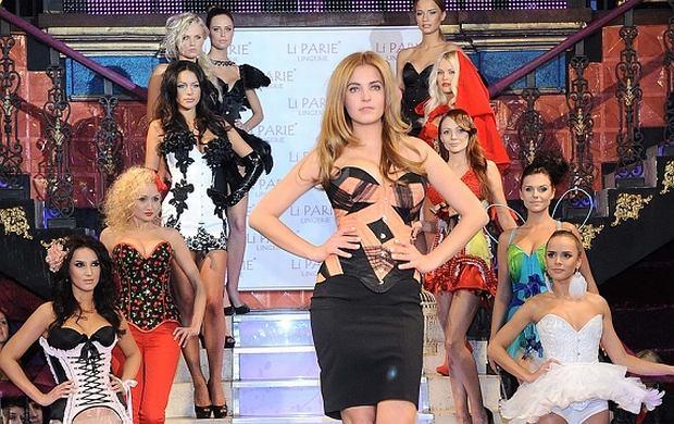 Wczoraj odbył się pokaz bielizny i strojów kąpielowych firmy ''Li Parie''. Stroje prezentowały śliczne modelki dzięki czemu na sali było bardzo gorąco. Na wybiegu pojawiła się również Miss Polonia Rozalia Mancewicz.