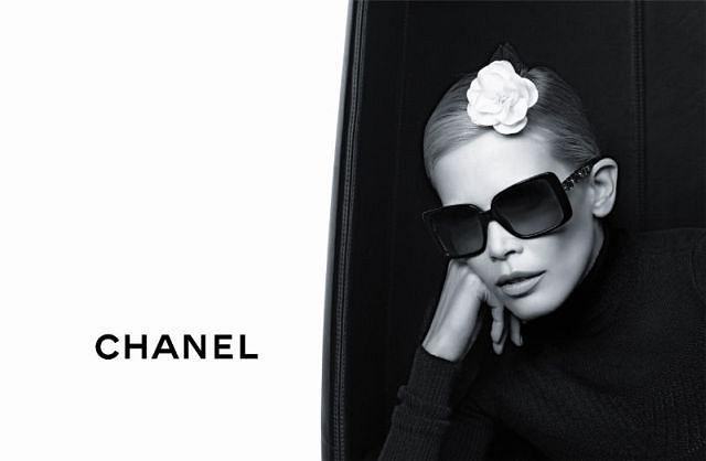 Claudia Schiffer w kampanii Chanel Eyewear jesień/zima 2011