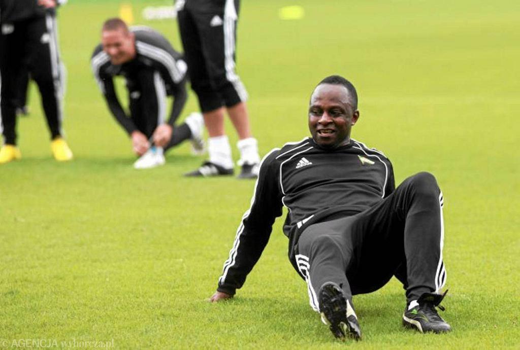 Emmanuel Olisadebe podczas treningu Lechii