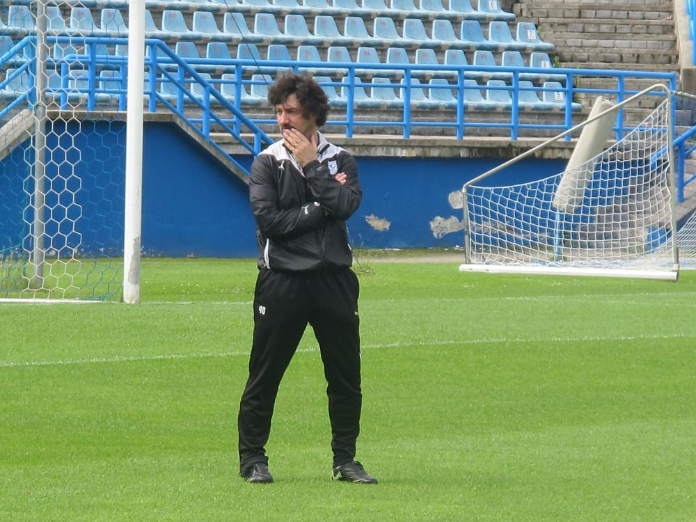 Trener Jose Bakero