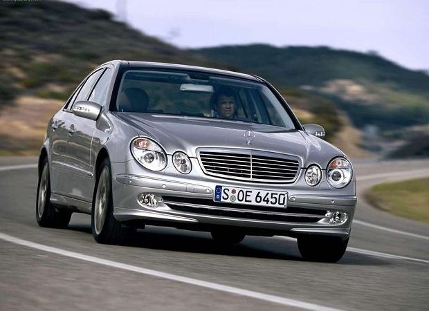 Mercedes E 350 (2005)