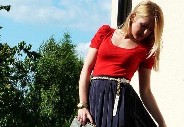 bluzka - h&m, spódnica - second hand, szpilki - allegro, kopertówka - second hand, pasek - f&f