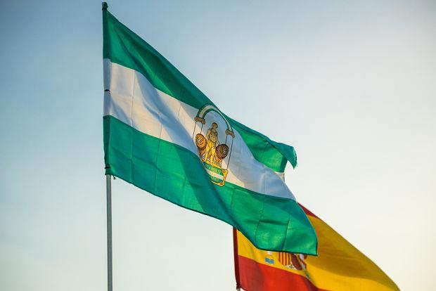 Flaga Andaluzji (fot. Shutterstock)