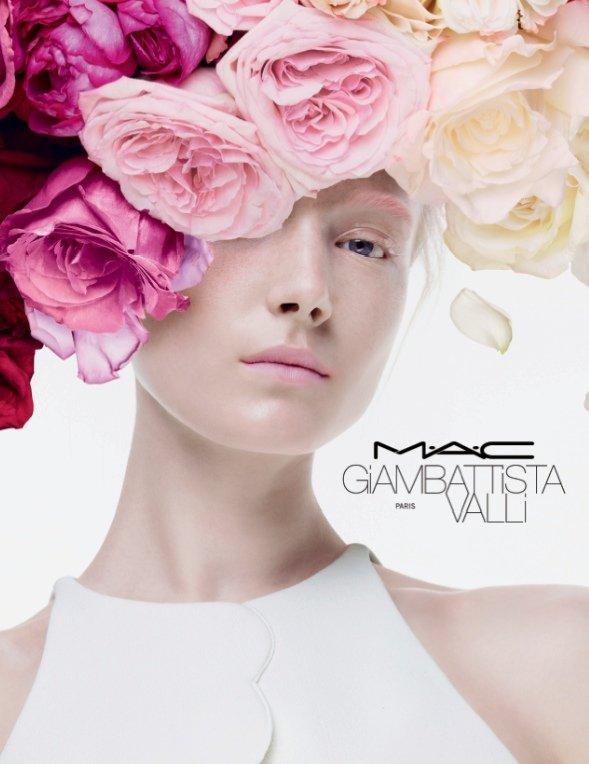 Maja Salamon w kampanii MAC