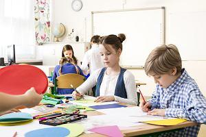 """Nauczycielka z Irlandii o sytuacji w szkołach. """"Dzieci bawią się w koronawirusa"""""""