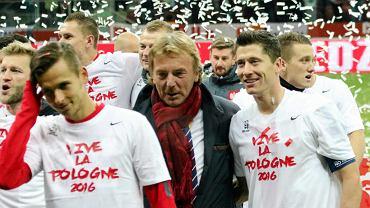 Zbigniew Boniek i Robert Lewandowski po meczu Polska - Irlandia