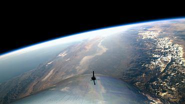 Widok z VSS Unity na wysokości 82 kilometrów