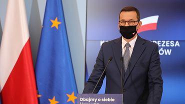 Koronawirus. Premier Morawiecki o wsparciu dla gastronomii i branży fitness.