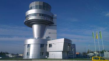 Wieża kontroli lotów - lotnisko Ławica w Poznaniu