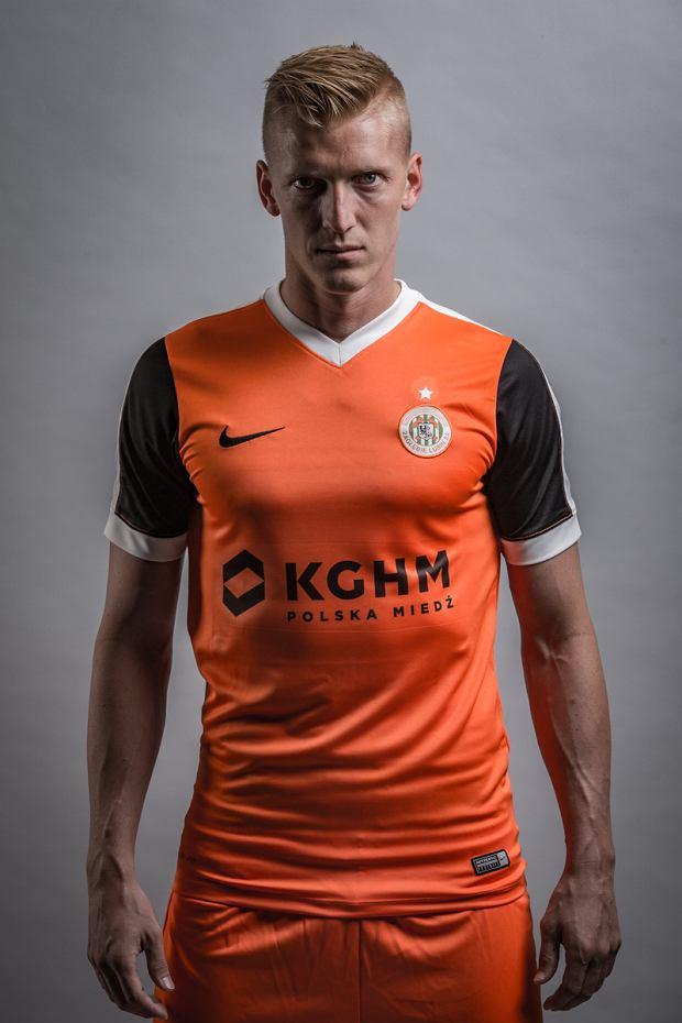 Zdjęcie numer 3 w galerii - Zagłębie Lubin zaprezentowało nowe koszulki na sezon 2016/17 [ZDJĘCIA]