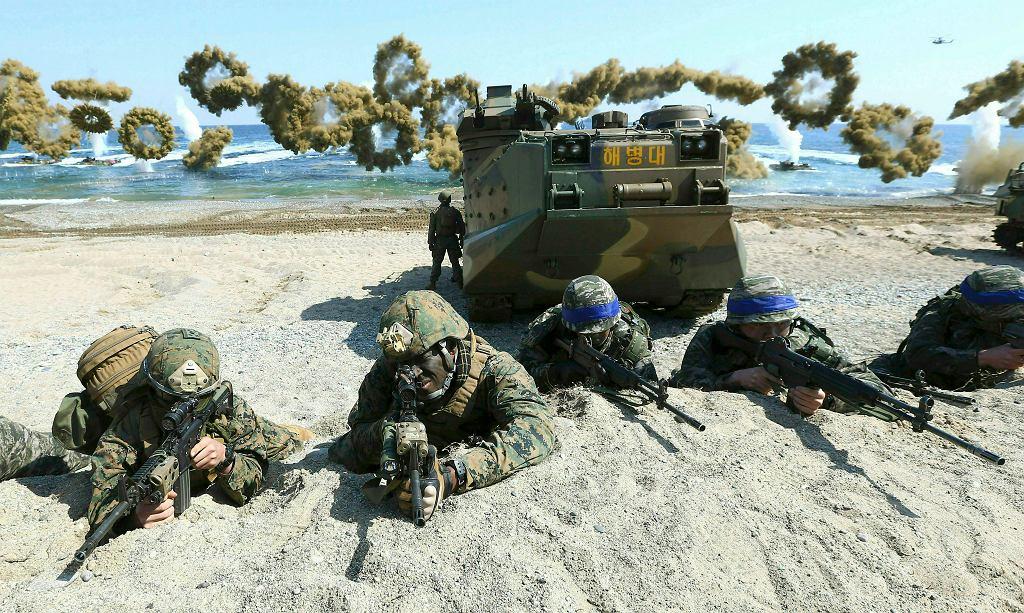 Nie będzie wspólnych manewrów USA i Korei Południowej na dużą skalę. Na zdjęciu: wspólne manewry wojskowe USA i Korei Południowej, 2015 rok