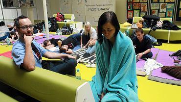 Protest lekarzy rezydentów - prowadzą głodówkę w  Dziecięcym Szpitalu Klinicznym przy ul Żwirki i Wigury. Warszawa, 2 października 2017