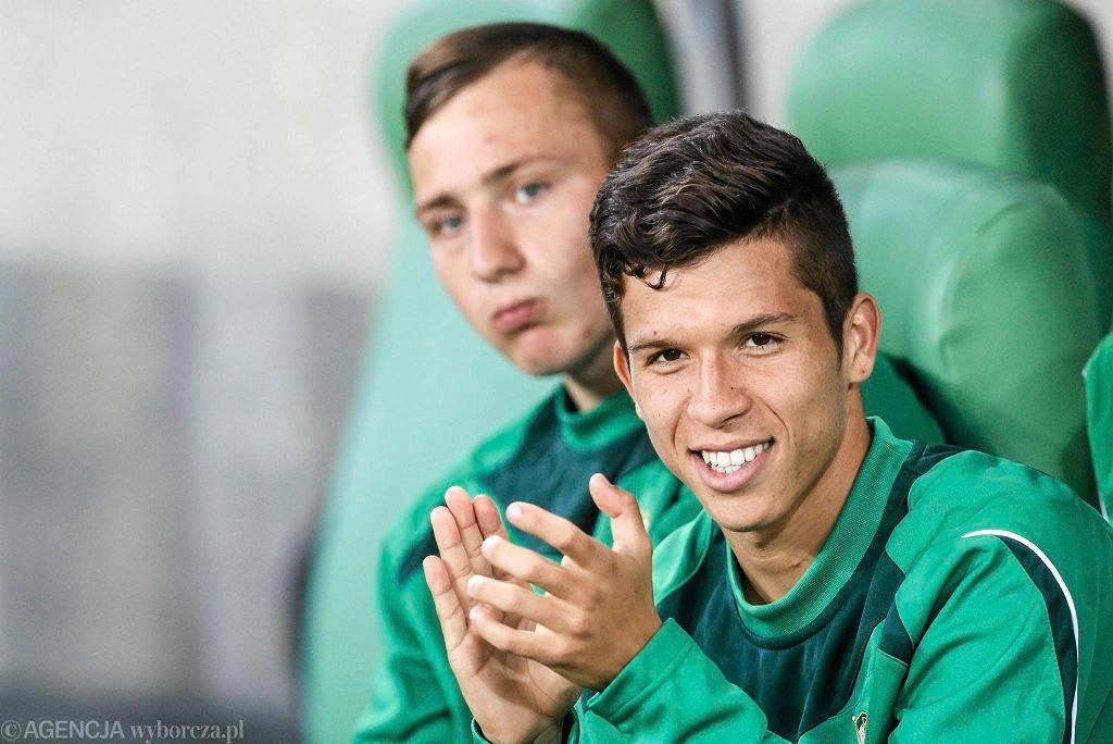 Bruno Nazario, za nim Damian Podleśny