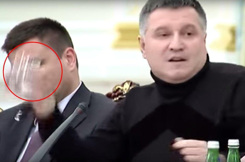 Arsen Awakow podczas awantury z Saakaszwilim