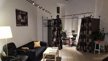 Najstarszy salon fryzjerski w Warszawie bliski bankructwa. Strzygł się tam m.in. Zbigniew Wodecki